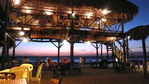 Playa Roca restaurant & bar in Las Penitas